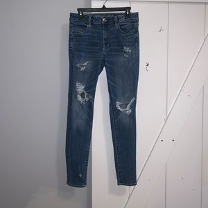 American Eagle Distressed Jegging